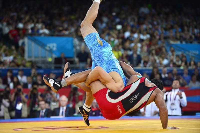 Yonemitsu conquista ouro nos -66kg