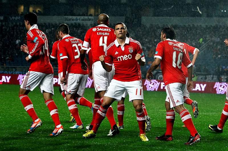 Benfica vai a exame em Coimbra