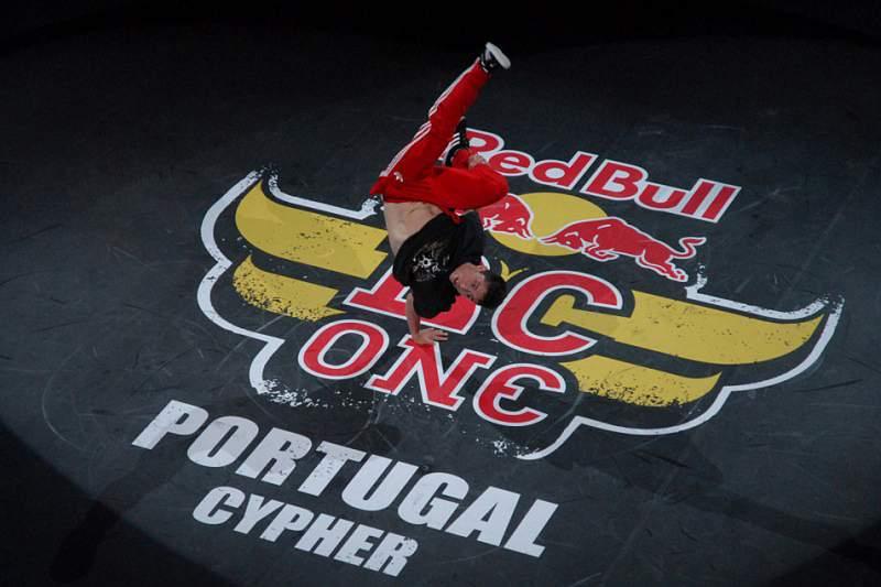 Bruce Almighty e Lagaet defendem Portugal na qualificação europeia