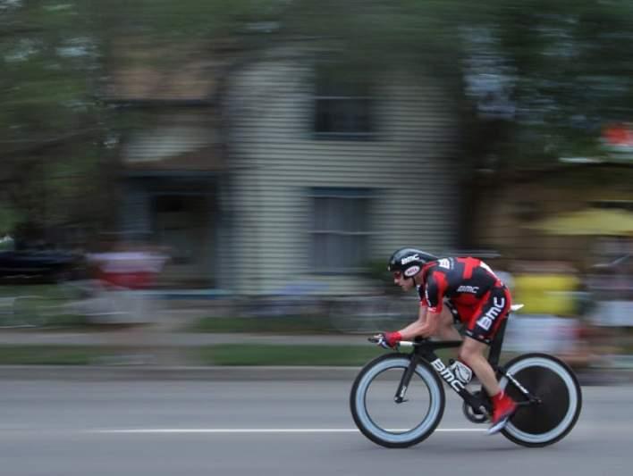 Cadel Evans lidera Critério Internacional