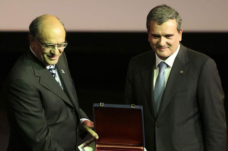 Cortes de 9% preocupam Carlos Paula Cardoso