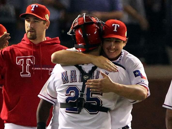 Rangers voltam a empatar World Series com Cardinals