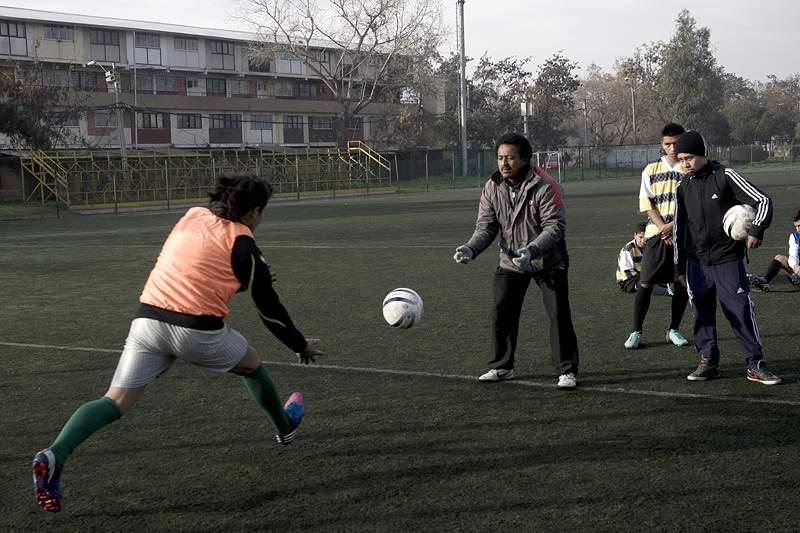 Adolescentes que fazem desporto têm melhores resultados escolares