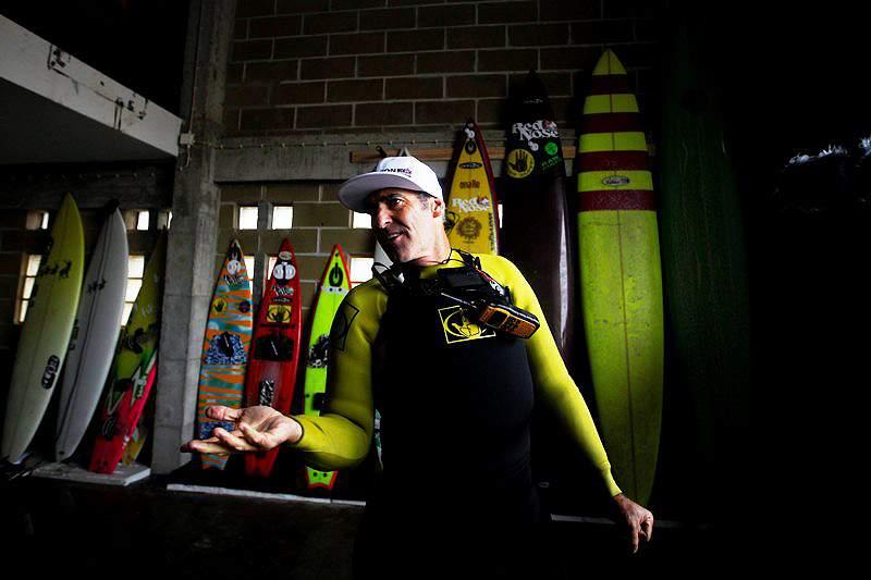 McNamara vai surfar ondas no rio Tejo