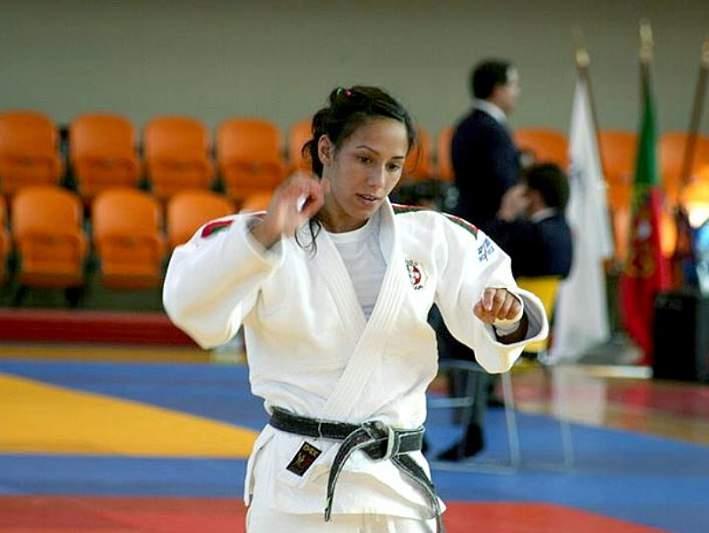 Joana Ramos conquista medalha de bronze