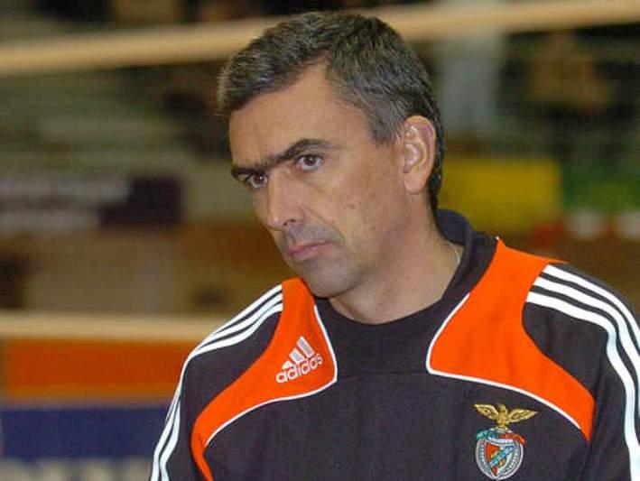 Benfica não facilita frente ao Espinho