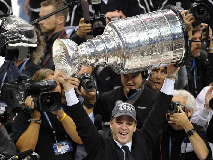 Los Angeles Kings conquistam 1ª Stanley Cup