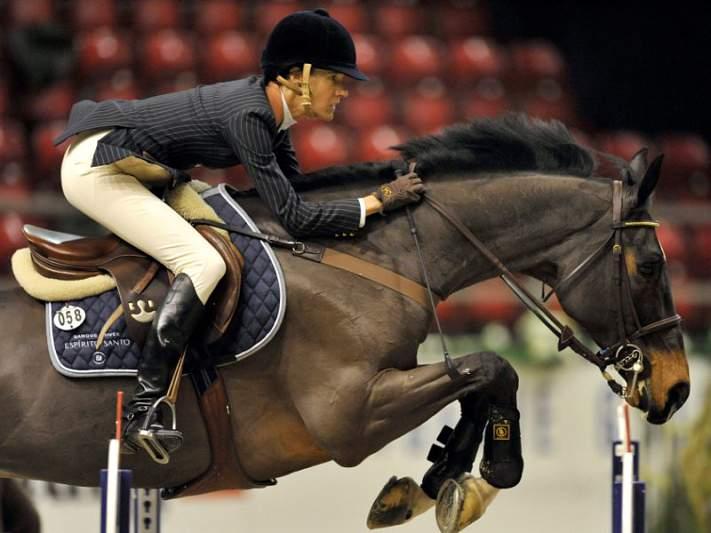 Luciana Diniz na terceira ronda dos saltos de obstáculos