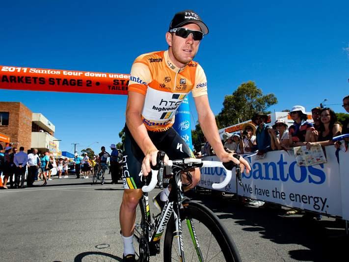 """Goss vence """"sprint"""" que deixou líder Phinney e favorito Cavendish no asfalto"""