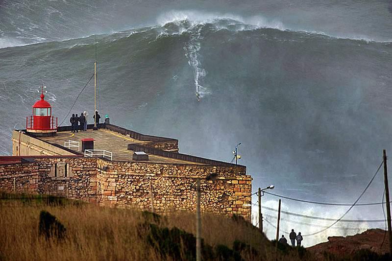 Nova onda de McNamara mede 34 metros