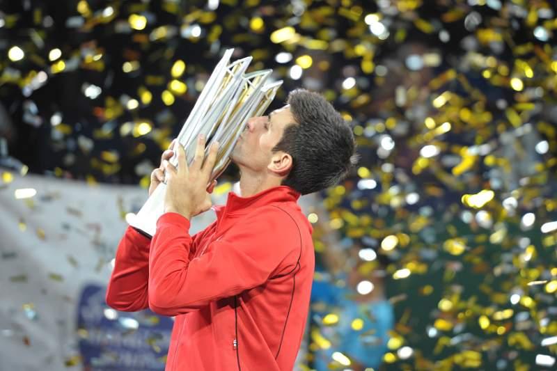 Djokovic revalida título em Xangai