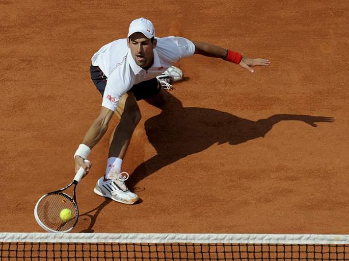 Djokovic reforça a liderança