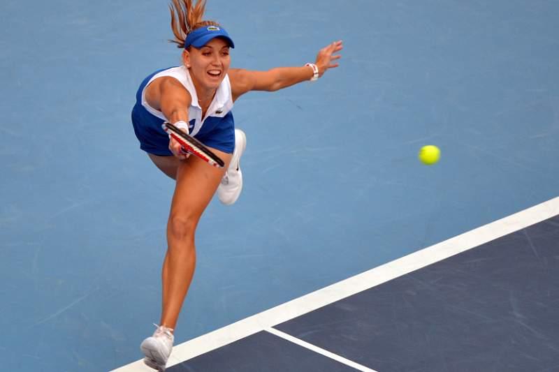 Elena Vesnina vence pela primeira vez no circuito mundial
