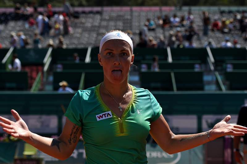 Kuznetsova feliz por estar na final