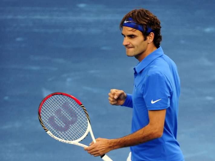 Federer passa às meias finais