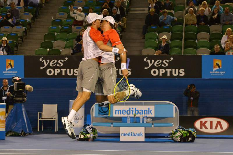 Irmãos Bryan batem recorde de títulos de pares no Grand Slam
