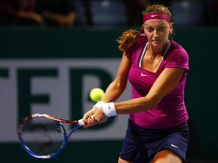 Kvitova bate Wozniacki e está nas meias-finais