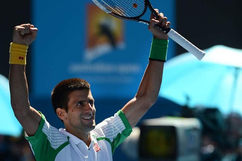 Campeão Djokovic estreia-se com vitória no Open da Austrália