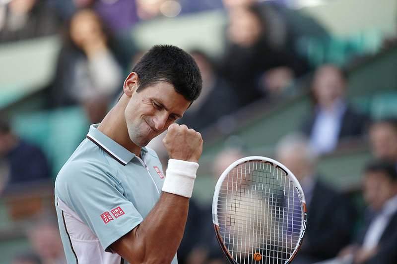 Djokovic segue para a segunda ronda de Roland Garros