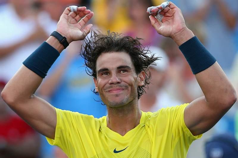 Nadal junta-se a Federer e Djokovic nas meias-finais em Paris