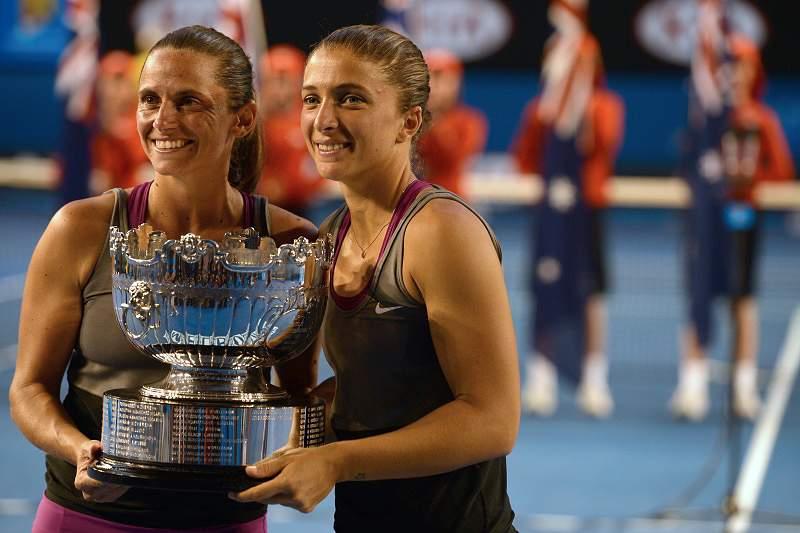 Italianas Errani e Vinci vencem final de pares femininos