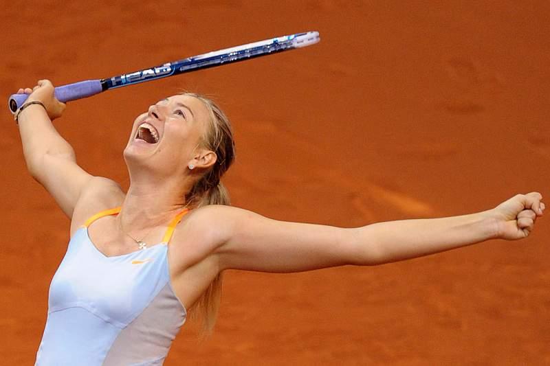 Maria Sharapova na final pelo segundo ano consecutivo