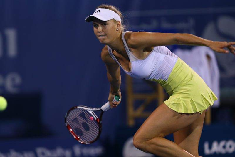 Wozniacki eliminada na ronda inaugural