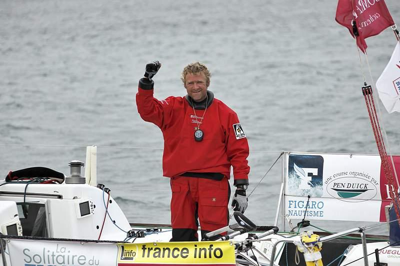 Velejador francês Eliés vence primeira etapa