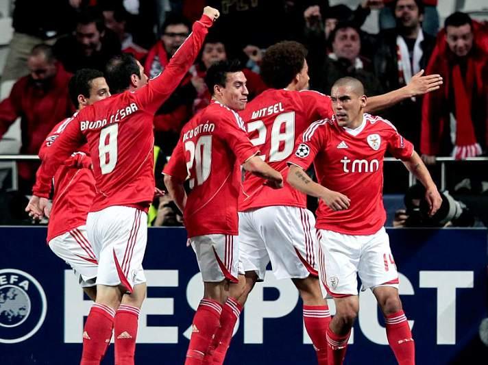 Benfica à espera da lotaria do sorteio