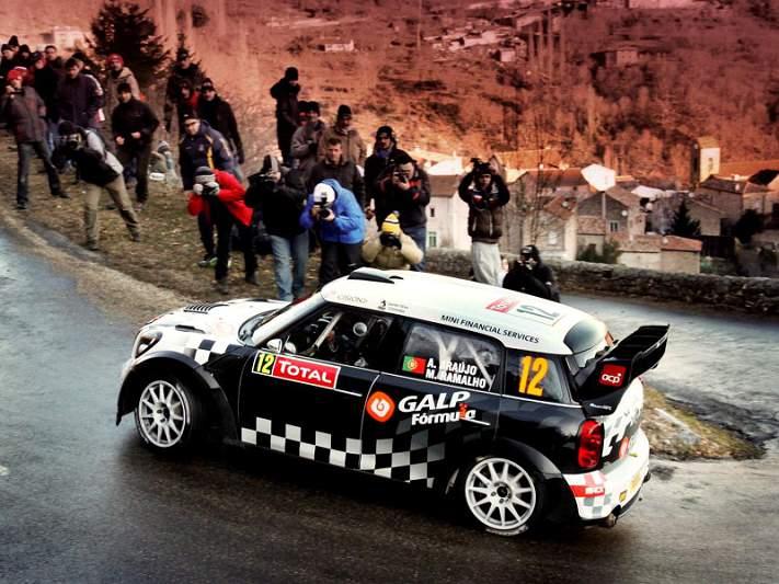 Armindo Araújo e Mini Portugal em pleno no WRC