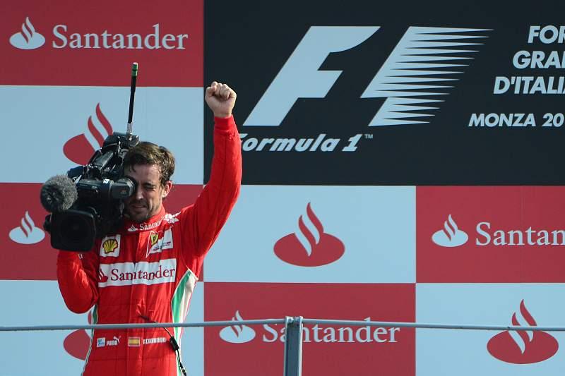 Paolo Bettini será o diretor da equipa de ciclismo de Fernando Alonso