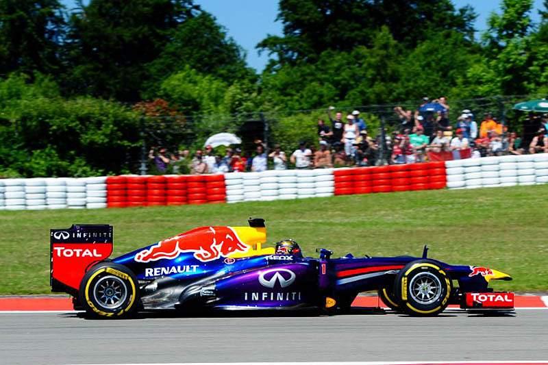Vettel ganha em casa