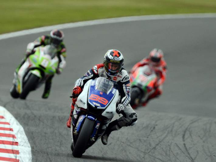 Lorenzo dominador em Silverstone