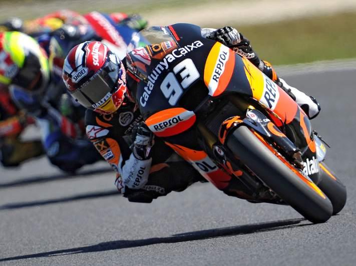 Marquez segura pole position em Moto2