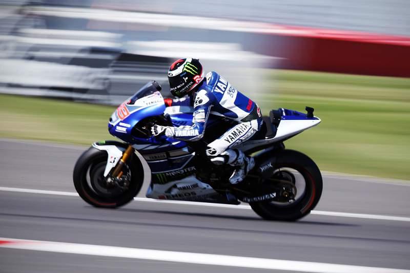 Lorenzo com vitória brilhante em Silverstone