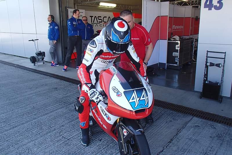 Miguel Oliveira na sua nova moto