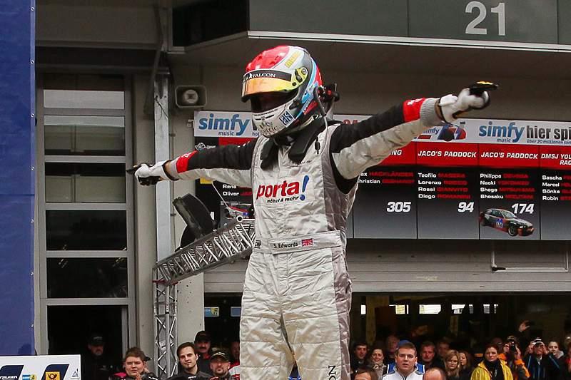 Morreu o piloto Sean Edwards, líder do Troféu Porsche