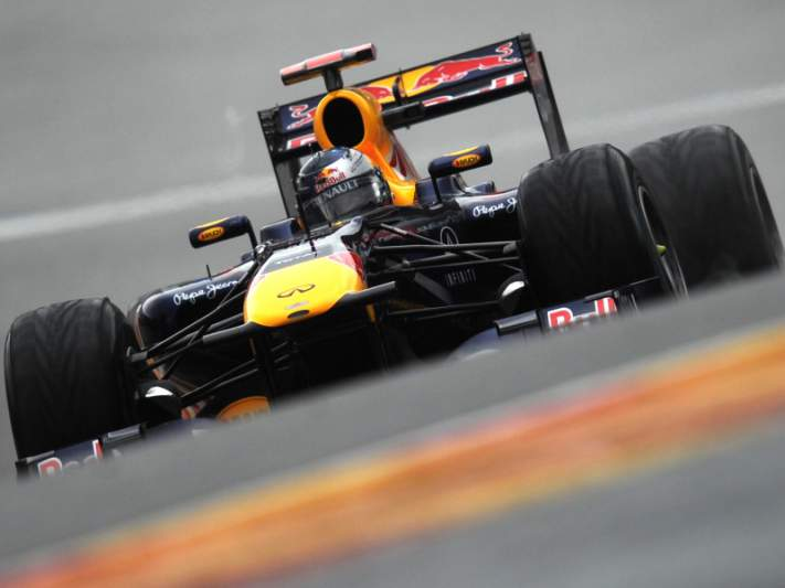 Vettel sofre acidente em Suzuka