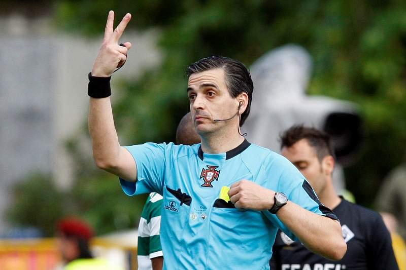 Paulo Baptista dirige Sporting-Académia