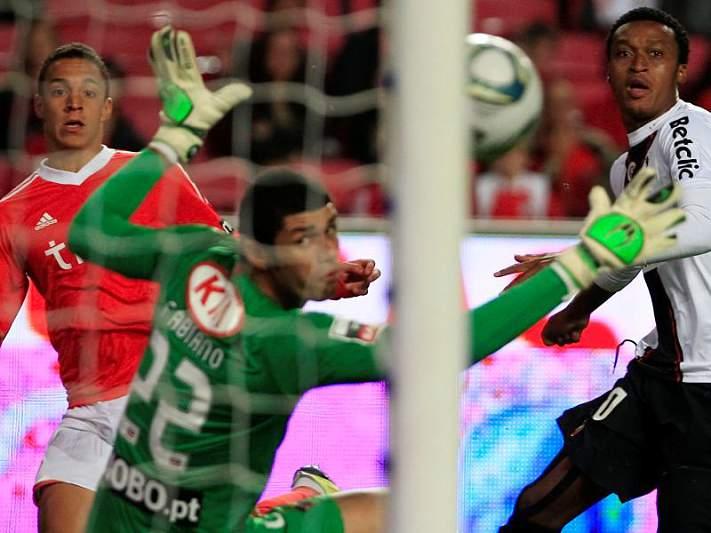 Benfica favorito mas com missão difícil em Olhão