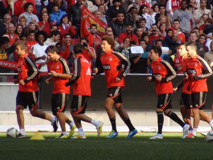 Benfica interessado em Tello