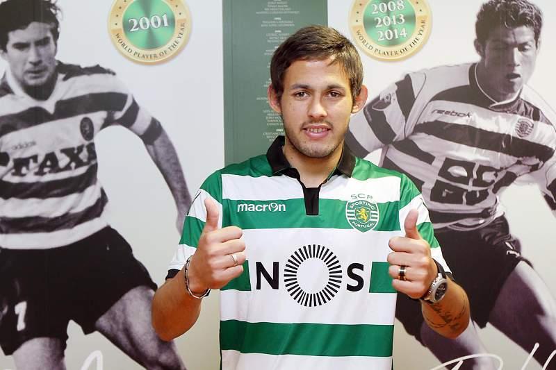 Marcelo Meli foi oficializado este sábado como reforço do Sporting