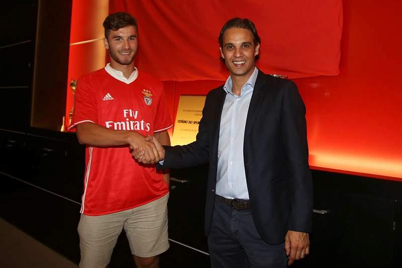 Gonçalo Loureiro, jovem defesa do Benfica