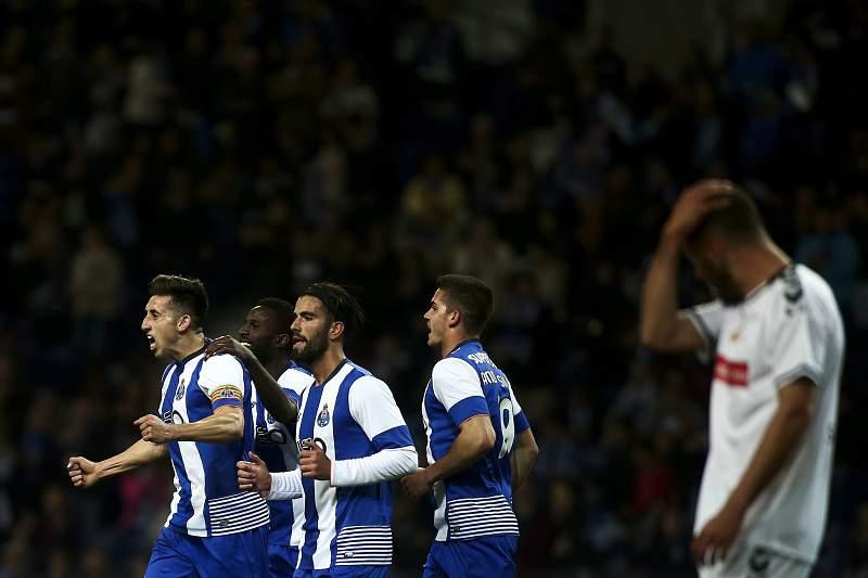 Herrera celebra no Dragão após fazer o 2-0 ao Nacional