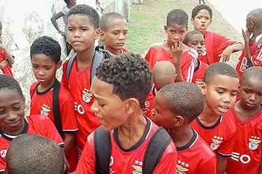 Futebol Escola Geração Benfica realiza 'Torneio Escalão Sub-10' no Estádio Nacional