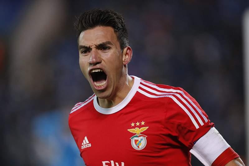 Nico Gaitán celebra um golo pelo Benfica