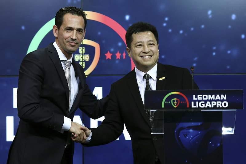 Futebol: Apresentação da Ledman como novo patrocinador para II Liga