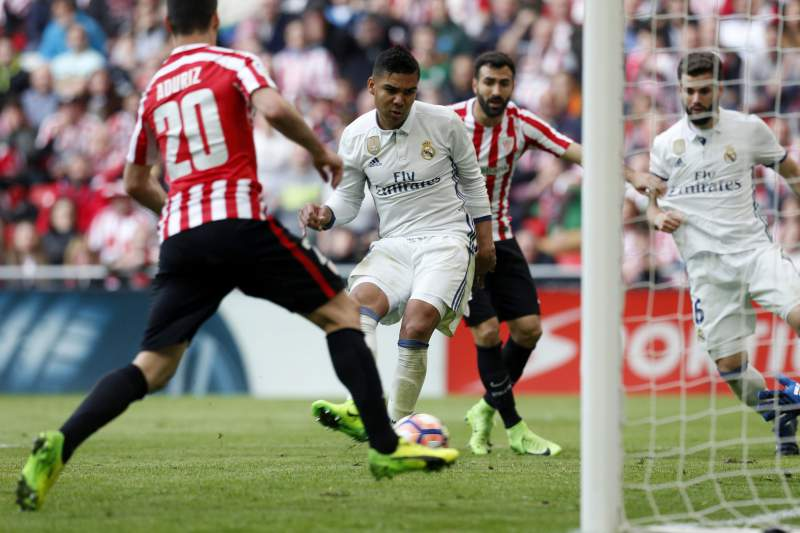 Casemiro marcou o golo da vitória do Real Madrid sobre o Athletic de Bilbao por 2-1