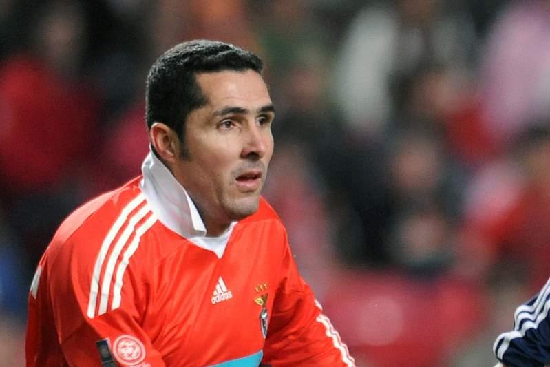 Paulo Madeira voltou a vestir a camisola do Benfica em 2010 num jogo de solidariedade.