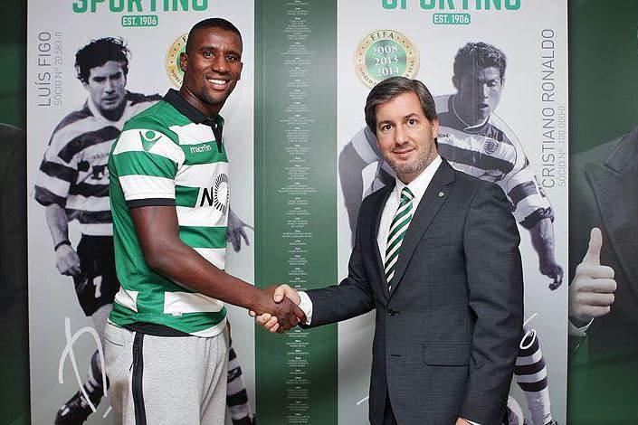 Oficial. Douglas assina pelo Sporting